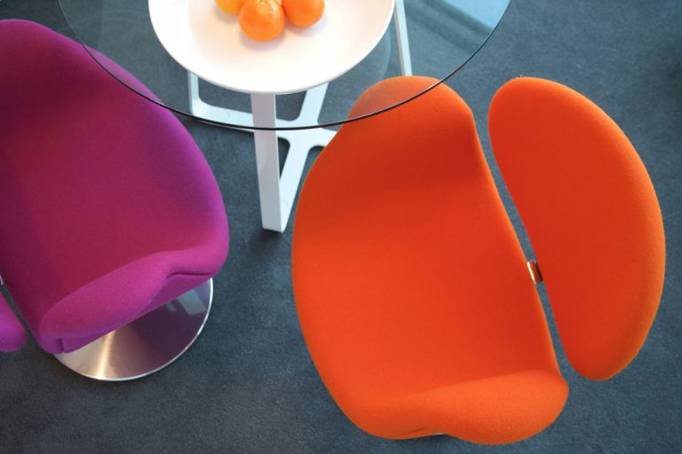 Staying Cool studio serviced apartment tulip chairs next to dining table - 72px