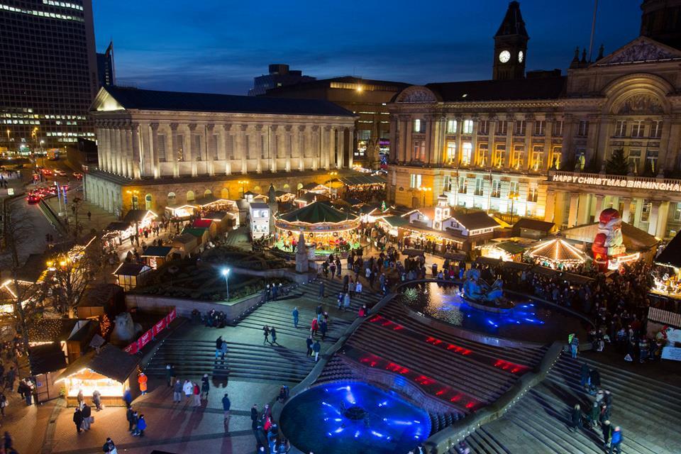 A Guide to Birmingham for Chinese Visitors Birmingham Christmas Markets near Rotunda