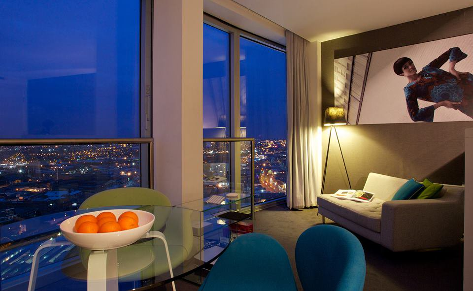Mini Studio serviced apartment at the Rotunda Birmingham by night at Staying Cool
