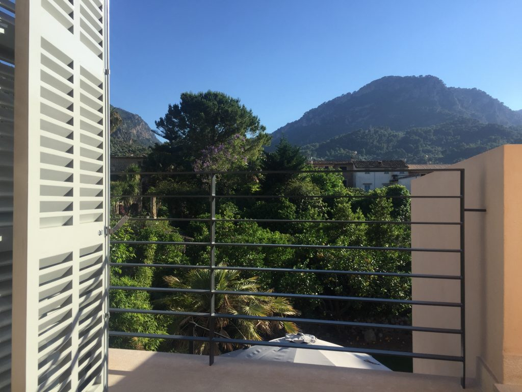 mountain views from soller townhouse terrace