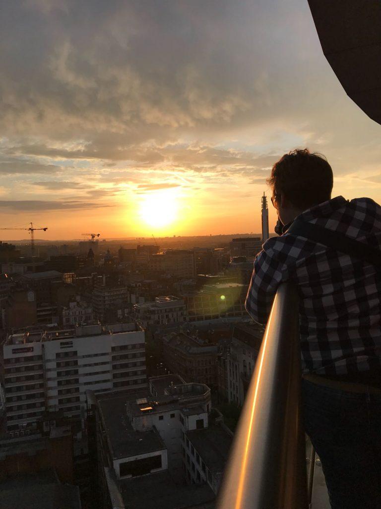 Penthouse event Photographer on balcony