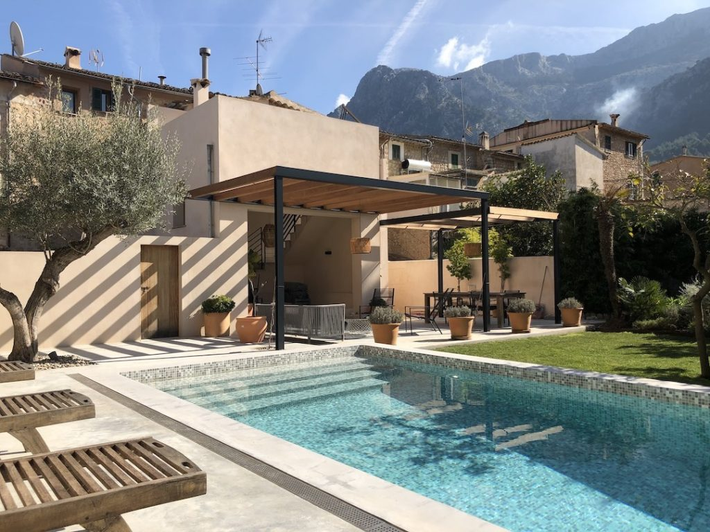 Soller townhouse, garden and private pool - 72px